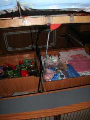 suite de vos astuces 3 par campingcar bricoloisirs. Black Bedroom Furniture Sets. Home Design Ideas