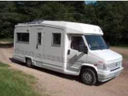 entretien 1 du campingcar par campingcar bricoloisirs. Black Bedroom Furniture Sets. Home Design Ideas