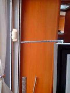 cacher un frigo interesting comme vous pouvez le constater le trou o va passer lair se trouve. Black Bedroom Furniture Sets. Home Design Ideas